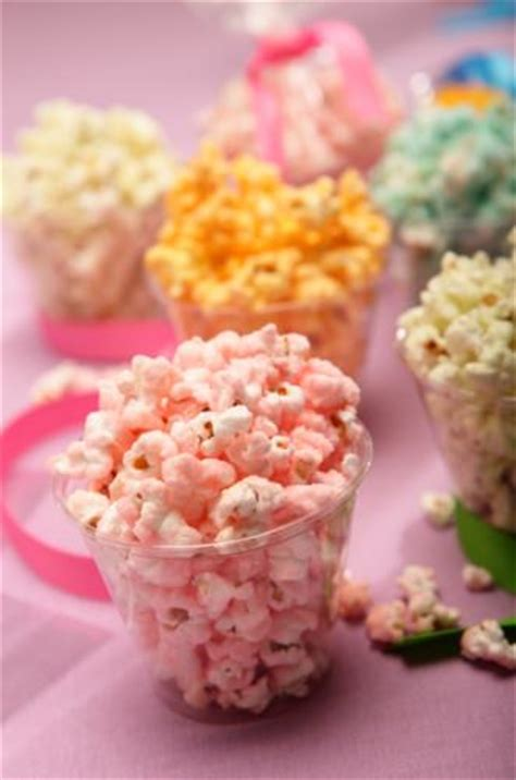 how to make colored popcorn 27 easy popcorn recipes and printable boxes tip junkie
