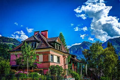 beautiful mountain houses beautiful house on the mountain public domain free photos