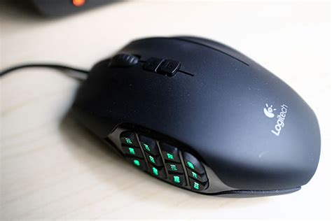 Mouse Gaming Logitech G600 logitech g600 mmo gaming mouse review popculture