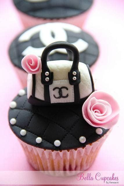 Chanel Pumpkin Brilliant by Best 25 Chanel Cupcakes Ideas On Chanel
