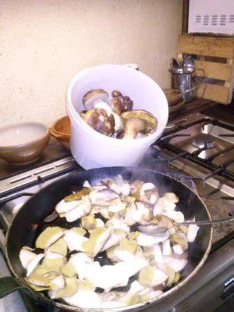 cuisine paysanne restaurant auberge paysanne valaix pascal dans loubaresse
