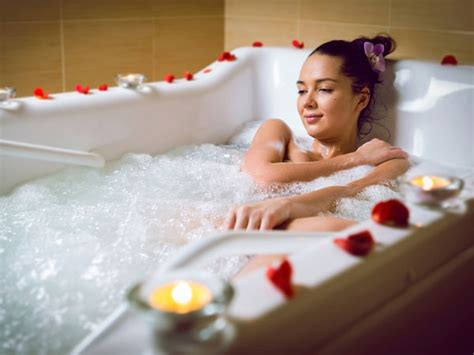 Epsom Salt Bath Without Bathtub by This Bath Reduces Inflammation And It Boosts Blood