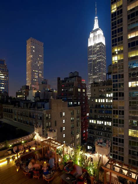 Roof Top Bars New York City by New York S Best Rooftop Bars For Sending Summer