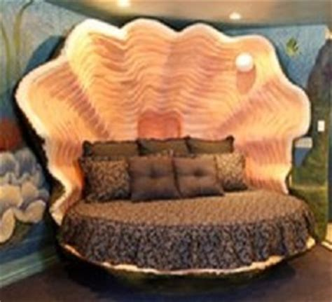 clam shell bed clam bed yes i want current room pinterest