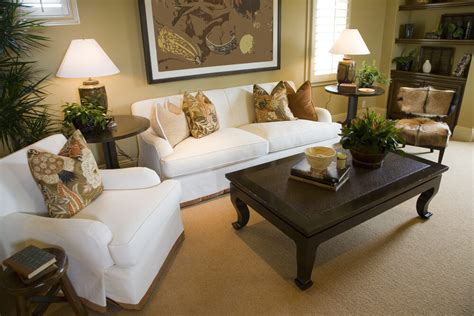 Brown Armchair Design Ideas 25 Cozy Living Room Tips And Ideas For Small And Big Living Rooms