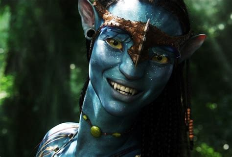 actress of avatar movie wallpaper zoe saldana actress neytiri avatar smile