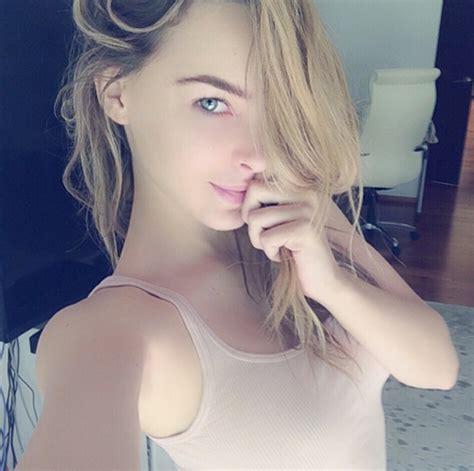fotos de famosos el sitio 1 de celebridades 191 cu 225 l es la pose favorita de belinda para las selfies