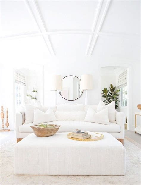 white sofas in living rooms 1000 ideas about white living rooms on white