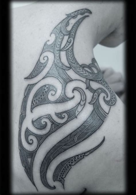 maori tattoo designs shoulder 63 maori shoulder tattoos
