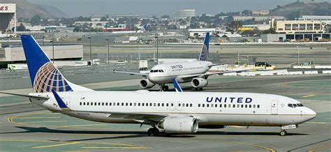 united airlines returns to paine field with new services airways united airlines to serve paine field in 2018 joining