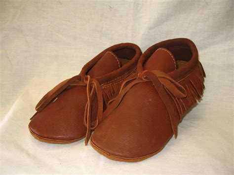 Handmade Moccasins - leather moccasins with fringe in rust deerskin custom by