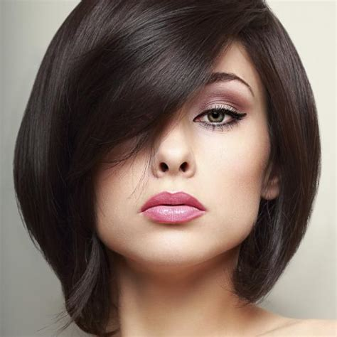 boy cut for an oval chubby face woman with wavy hair bob hair style pictures slideshow