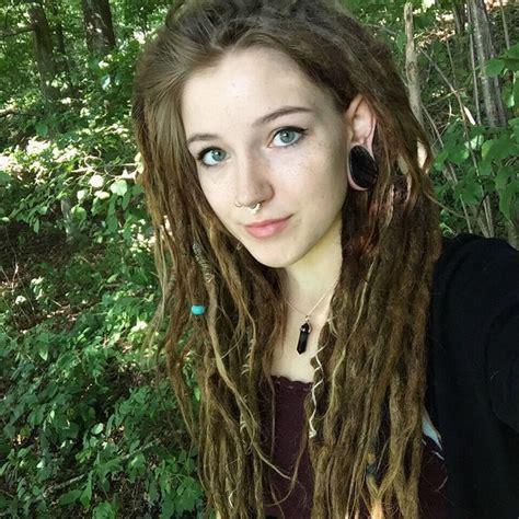 hippie dreadlocks hairstyles 285 best images about dreadlocks girl on pinterest