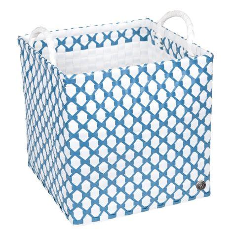 aufbewahrungskorb kinderzimmer blau handed by brest quadratischer w 228 schekorb wei 223 blau mu