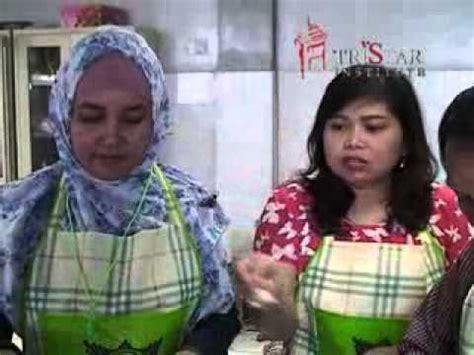 cara membuat kue zupa cara membuat bakwan siomay yong tahu pelatihan bisnis