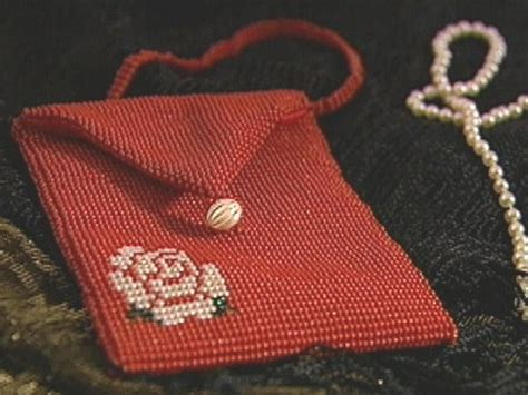 How To Bead A Vintage Purse Hgtv