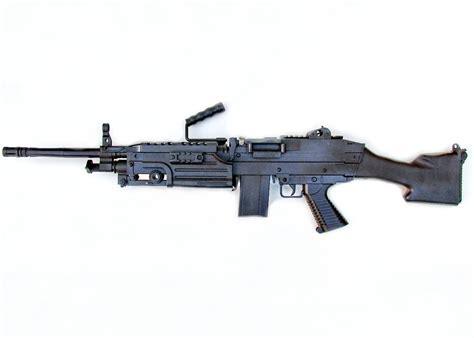 airsoft light machine gun