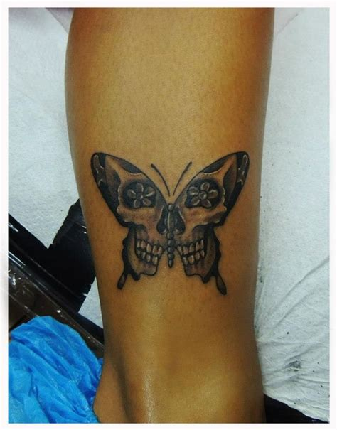 butterfly skull tattoo best 25 skull butterfly ideas on mens