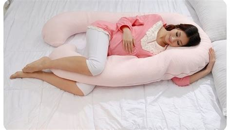 pregnancy comfortable sleeping positions good comfortable sleeping positions during pregnancy