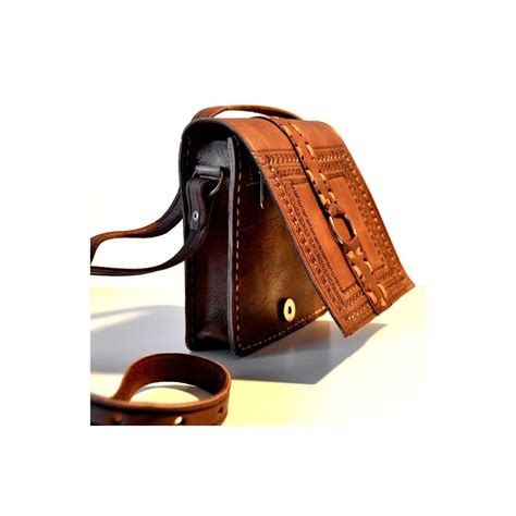 Handcraft Leather - handcrafted leather messenger bag with leather stitches