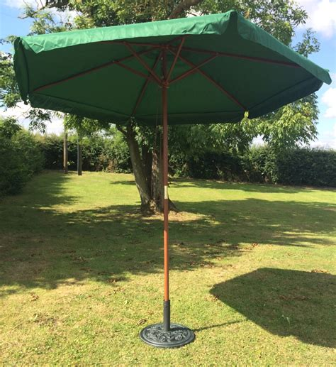 Canopy Umbrellas For Patios Garden Parasol 2 7m Green Patio Canopy Umbrella With Valance