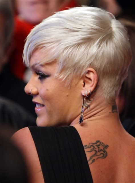singer hair styles pink short side part pink short hairstyles looks