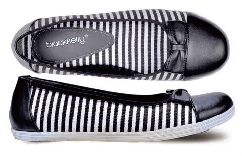 Wakai 36 40 Kode E 07 Sepatu Casual Sepatu Slip On Sepatu Wakai toko sepatu cibaduyut grosir sepatu murah sepatu casual wanita
