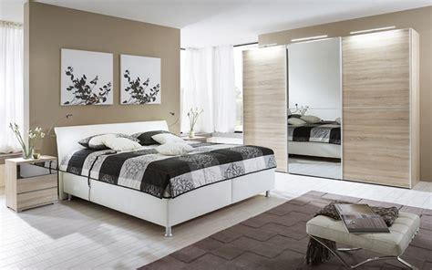 schlafzimmer beige rosa - Hängende Schlafzimmer Stühle