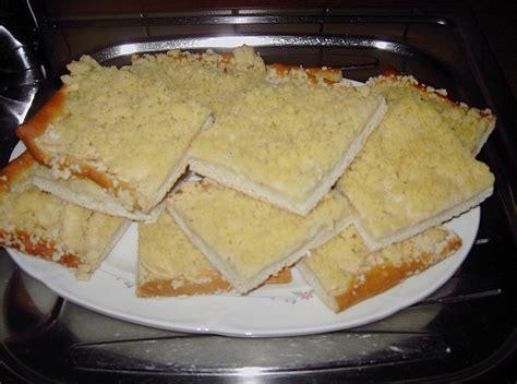 streusel kuchen apfel streusel kuchen rezept mit bild