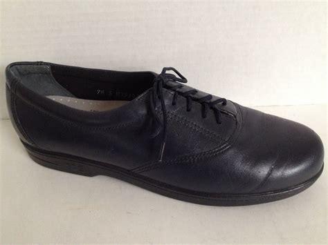 sas shoes womens size  narrow lace    usa blue