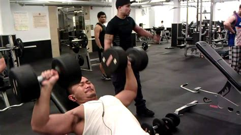 bench press 80 lbs 80lbs dumbbell incline press youtube