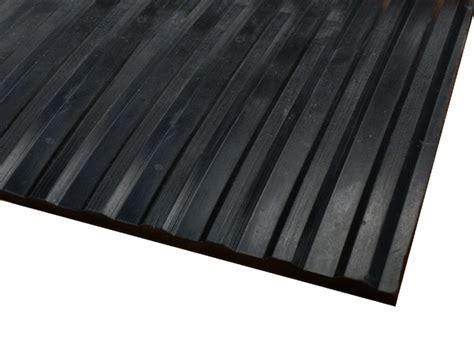 Wide Rib Corrugated Rubber Runner Mats are Rubber Runner