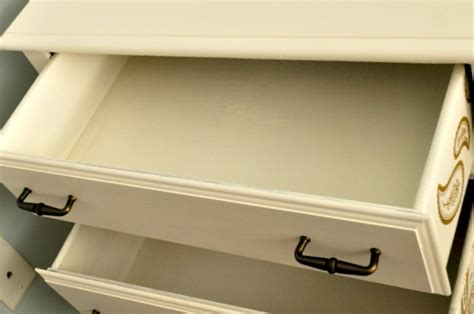 Should You Paint The Inside Of Dresser Drawers by Painting Inside Dresser Drawers Bestdressers 2017