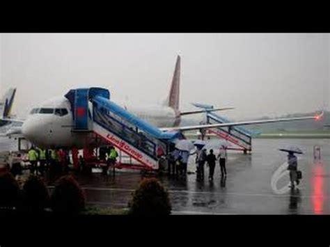 batik air youtube batik air ambon jakarta diteror bom 131 penumpang