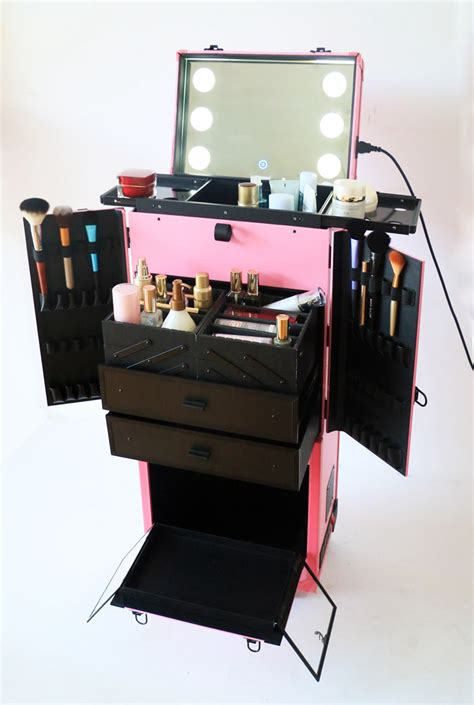 the makeup light pro discount professional makeup 187 professional makeup case beautiful