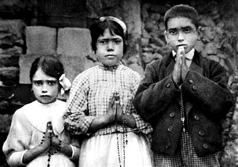 Good Miracles Approved By The Catholic Church #5: CNS-VATICAN-LETTER-FATIMA.jpg