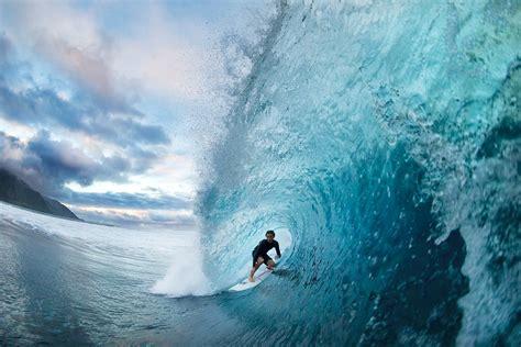 Surfing Quiksilver Original how quiksilver communicates surf fast rock