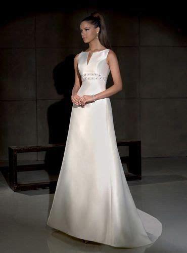 imagenes de vestidos de novia sencillos y elegantes 50 fotos con los vestidos de novia sencillos m 225 s bonitos