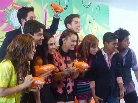Cq Or Not by Elenco La Cq Photocall En Kcamexico Choice Awards