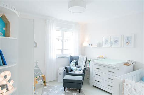 ideen babyzimmer babyzimmer hellblau grau mummyandmini