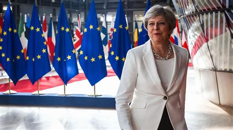 Celana Gempi Crop Uk 31 34 theresa may brexit harder news the times the sunday times