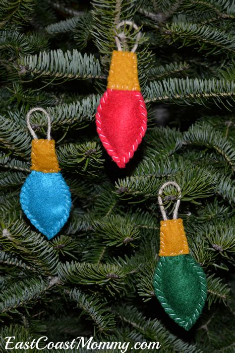 east coast mommy felt lightbulb ornaments