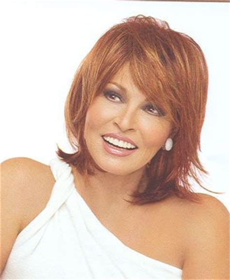 rachael welch bob hair style with side fringe raquel welch hairstyles raquel welch hairstyles bang