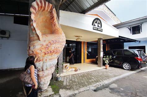 Kerajinan Kerang Cirebon rumah kerang cirebon pergidulu