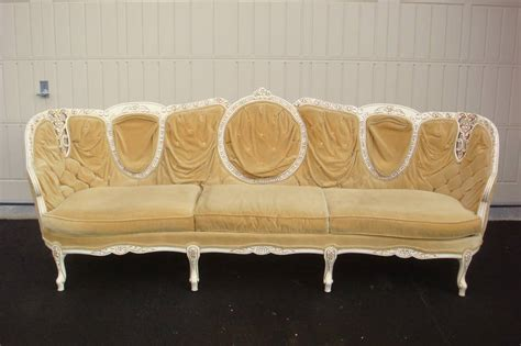 ugliest couch 2011 world s ugliest couch contest has begun