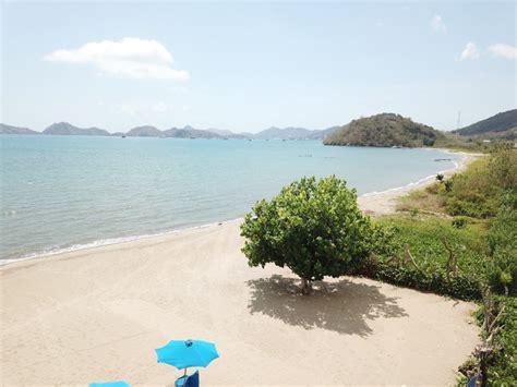 puri sari beach hotel  accommodation  labuan bajo