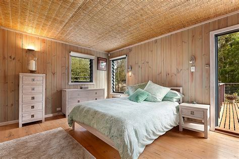 surf inspired bedroom soothing beachy bedrooms coastal energy efficient beach style retreat with modern cottage