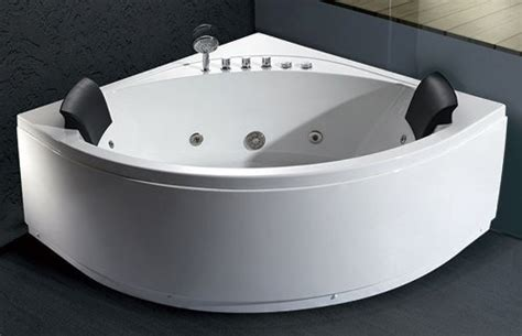 Best Whirlpool Bathtubs by Top 10 Whirlpool Tubs Take Relaxing With