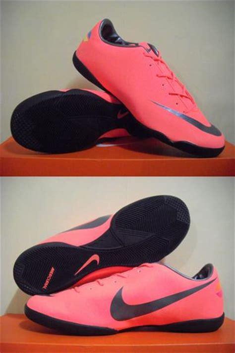 Sepatu Adidas Reflikasepatusportsepaturunningsepatuolahragasepatus 8 chelsea sport uthe sepatu futsal nike mercurial adidas replica 2012