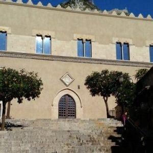 la libreria palermo la libreria di taormina trova la sede repubblica it